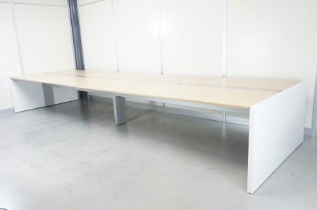 鉄脚ダイニングテーブル/デスク ホワイトオーク無垢天板 1600mmサイズ テーブル・机 アイ・エム・エフ ハンドメイド通販・販売のCreema